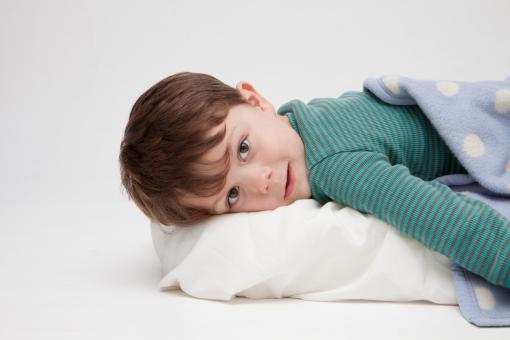 子どもの睡眠時間、足りていますか?健やかな成長を促す良質な睡眠とは?