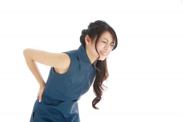腰痛持ちのあなたに朗報!「仰向け寝で腰が痛い」の解決方法とは?