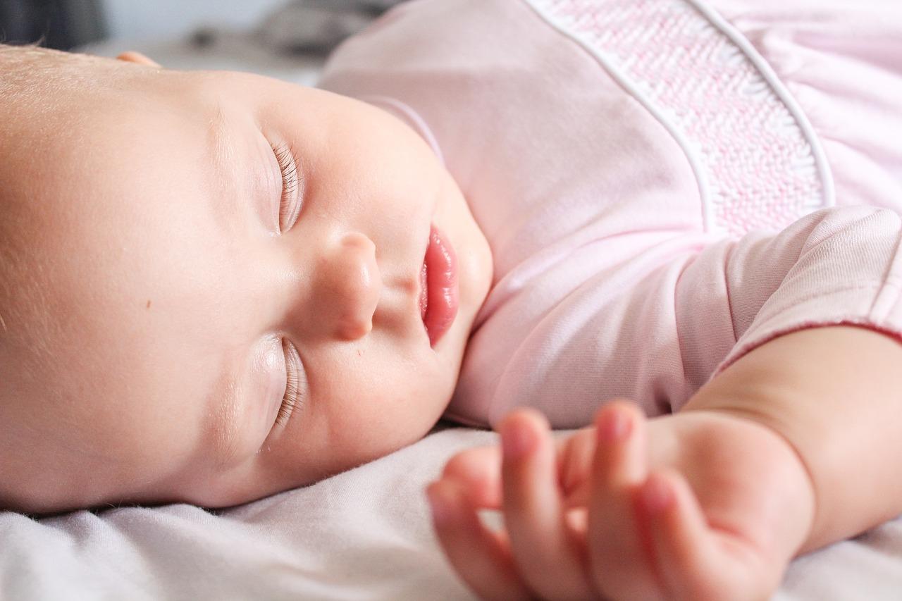 赤ちゃんの正しい睡眠ケアを知ろう!睡眠環境や服装について解説3
