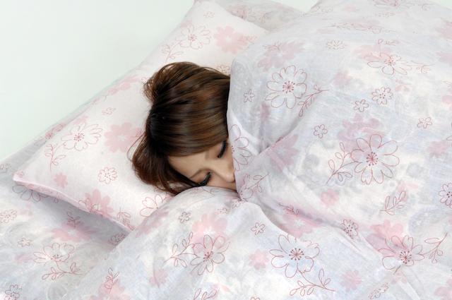 寝不足や寝すぎが片頭痛を引き起こす!?原因と対処法、予防法について解説2