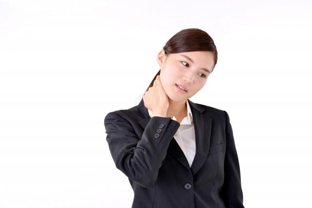 ストレートネックが睡眠の質低下を引き起こす!?その原因とは?