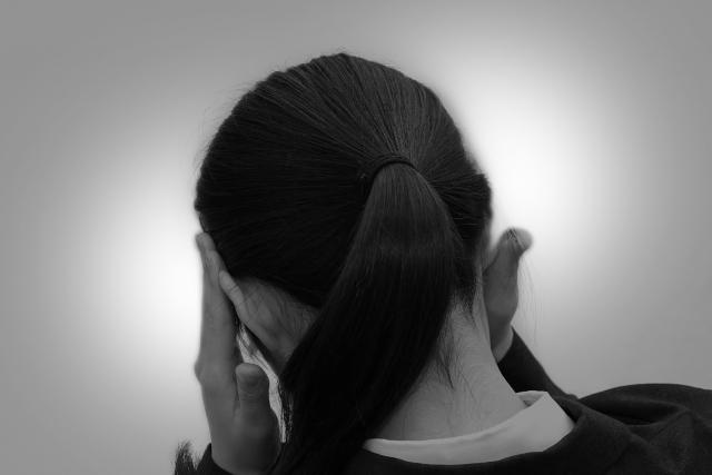 横向き寝で耳が痛いのはなぜ?睡眠時の対策もご紹介!3