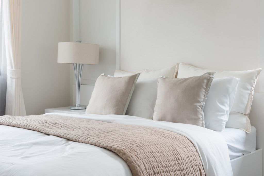 枕の洗濯方法|素材ごとの洗い方やメンテナンスの方法を解説