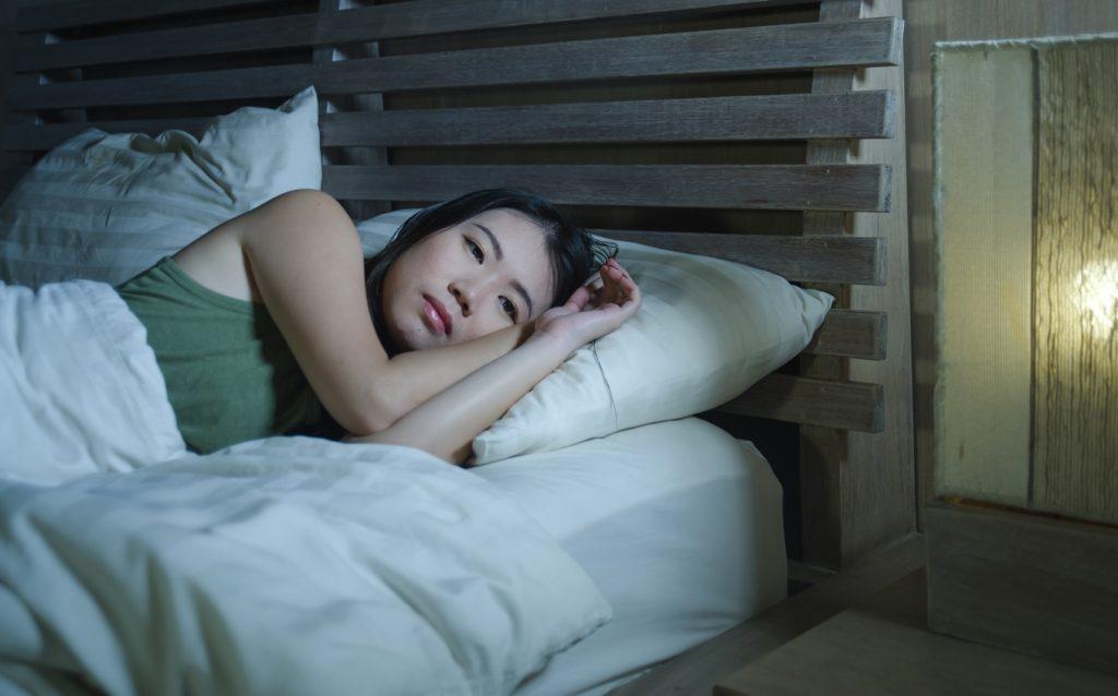 眠れない時はどうしたらいい?眠れなくなる原因と対処法を解説!
